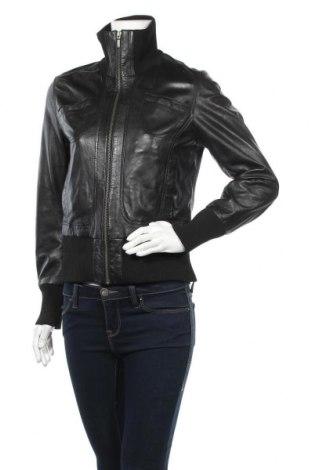Дамско кожено яке Oakwood, Размер M, Цвят Черен, Естествена кожа, Цена 107,10лв.