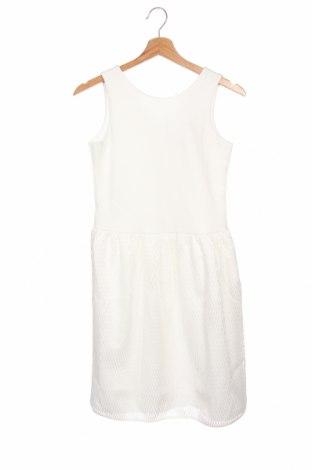 Детска рокля Staccato, Размер 12-13y/ 158-164 см, Цвят Бял, 96% полиестер, 4% еластан, Цена 51,75лв.