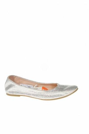 Детски обувки Kids & Co, Размер 30, Цвят Сребрист, Текстил, Цена 17,85лв.