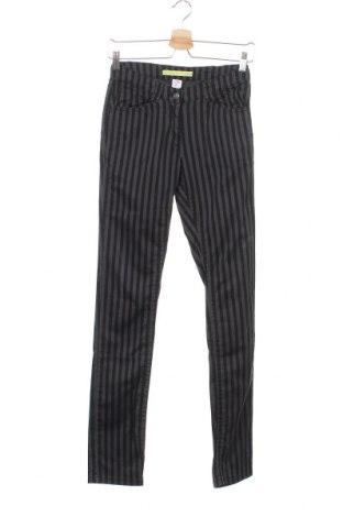 Детски панталон S.Oliver, Размер 14-15y/ 168-170 см, Цвят Черен, Цена 17,85лв.