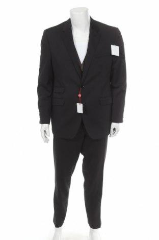 Pánský oblek  Class International, Velikost L, Barva Černá, 83% polyester, 15% viskóza, 2% elastan, Cena  1154,00Kč