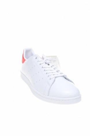Мъжки обувки Adidas Originals, Размер 53, Цвят Бял, Естествена кожа, еко кожа, Цена 126,75лв.