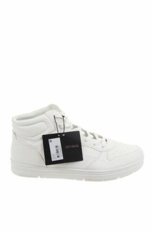 Мъжки обувки Cotton On, Размер 46, Цвят Бял, Еко кожа, Цена 54,51лв.