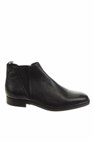 Мъжки обувки Karl Lagerfeld, Размер 44, Цвят Черен, Естествена кожа, Цена 226,85лв.
