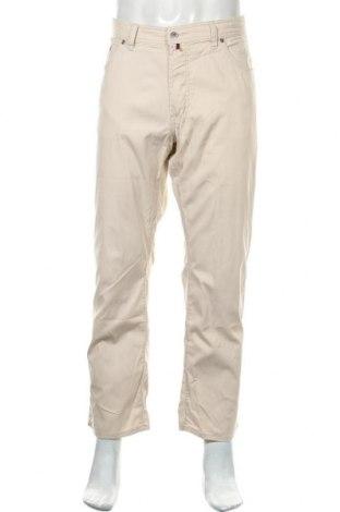Мъжки панталон Pierre Cardin, Размер L, Цвят Екрю, 98% памук, 2% еластан, Цена 41,90лв.