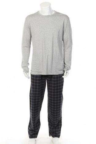 Пижама Christian Berg, Размер XL, Цвят Сив, Памук, Цена 36,40лв.
