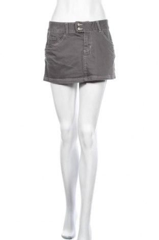 Пола Roxy, Размер M, Цвят Сив, 98% памук, 2% еластан, Цена 19,95лв.