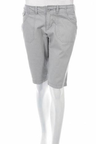 Дамски къс панталон B.u.m. Equipment