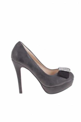 Дамски обувки Lucky Star