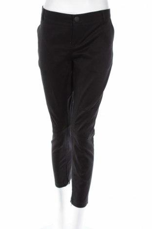 Pantaloni de femei Dika