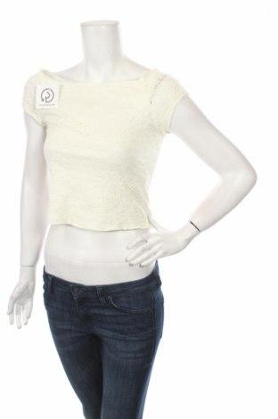 Γυναικεία μπλούζα Poof, Μέγεθος S, Χρώμα Λευκό, 60% βαμβάκι, 35% πολυεστέρας, 5% ελαστάνη, Τιμή 3,53€