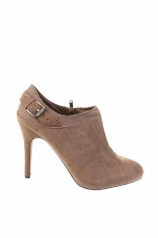 Γυναικεία παπούτσια Pull&Bear