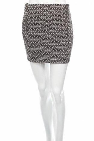Пола Zara, Размер S, Цвят Черен, 53% полиестер, 41% памук, 4% вискоза, 1% еластан, Цена 5,41лв.