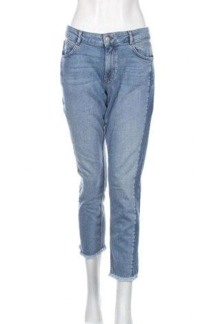 Дамски дънки S.Oliver, Размер XL, Цвят Син, 99% памук, 1% еластан, Цена 36,90лв.