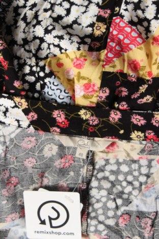 Пола Clockhouse, Размер M, Цвят Многоцветен, Вискоза, Цена 14,40лв.