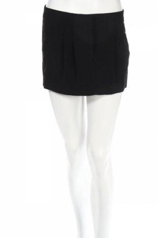 Пола Sisley, Размер S, Цвят Черен, 80% ацетат, 17% вискоза, 3% еластан, Цена 29,00лв.