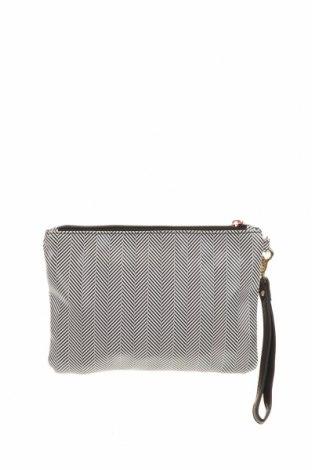 Дамска чанта Colette By Colette Hayman, Цвят Бял, Полиуретан, Цена 13,23лв.