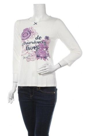 Дамска блуза Desigual, Размер M, Цвят Бял, 94% вискоза, 6% еластан, Цена 19,32лв.
