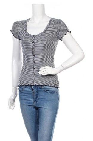 Γυναικεία μπλούζα Hollister, Μέγεθος S, Χρώμα Μπλέ, 67% βισκόζη, 31% πολυεστέρας, 2% ελαστάνη, Τιμή 10,21€