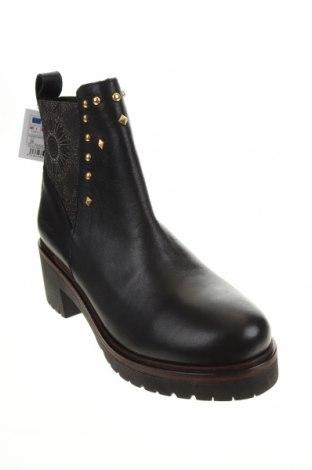 Дамски боти Desigual, Размер 39, Цвят Черен, Естествена кожа, Цена 189,00лв.
