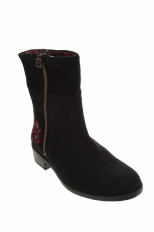 Дамски боти Desigual, Размер 36, Цвят Черен, Естествен велур, Цена 189,00лв.