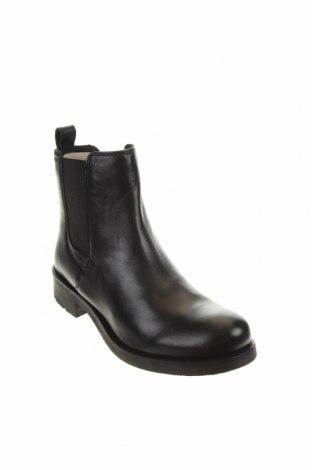 Дамски боти Geox, Размер 38, Цвят Черен, Естествена кожа, Цена 189,00лв.