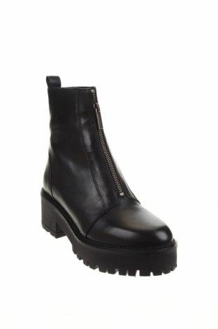 Дамски боти Zign, Размер 36, Цвят Черен, Естествена кожа, Цена 159,00лв.