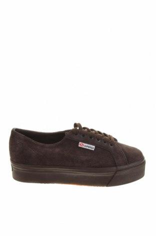 Дамски обувки Superga, Размер 39, Цвят Кафяв, Естествен велур, Цена 71,60лв.