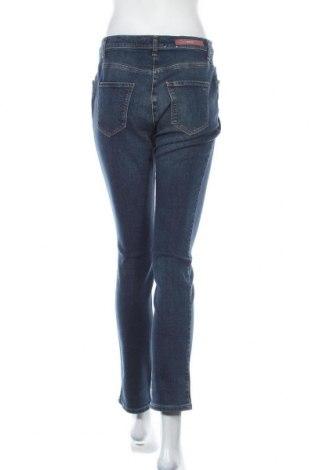 Дамски дънки Brax, Размер S, Цвят Син, 94% памук, 4% полиестер, 2% еластан, Цена 18,22лв.