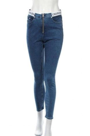 Γυναικείο Τζίν Calvin Klein Jeans, Μέγεθος M, Χρώμα Μπλέ, 92% βαμβάκι, 6% πολυεστέρας, 2% ελαστάνη, Τιμή 67,36€