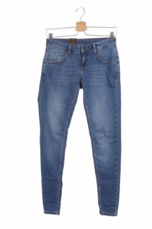 Дамски дънки Free Quent, Размер S, Цвят Син, 98% памук, 2% еластан, Цена 26,04лв.