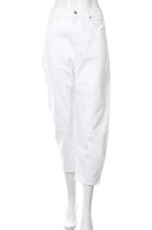 Дамски дънки Levi's, Размер L, Цвят Бял, Памук, Цена 50,70лв.