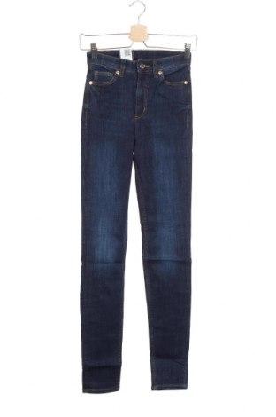 Дамски дънки Monki, Размер XS, Цвят Син, 86% памук, 12% полиестер, 2% еластан, Цена 18,27лв.