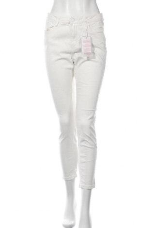 Дамски дънки Springfield, Размер L, Цвят Бял, 98% памук, 2% еластан, Цена 16,84лв.