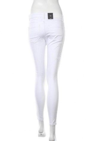 Дамски дънки Vero Moda, Размер S, Цвят Бял, 79% памук, 18% полиестер, 3% еластан, Цена 15,63лв.