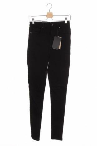 Дамски дънки Vero Moda, Размер M, Цвят Черен, 51% памук, 42% памук, 5% полиестер, 2% еластан, Цена 51,75лв.