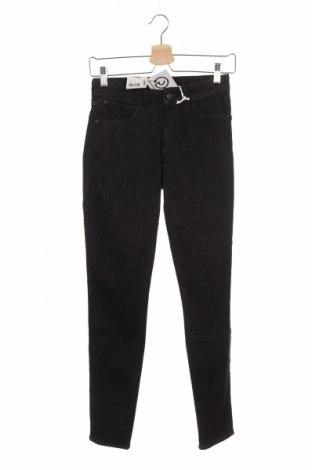 Дамски дънки Wrangler, Размер S, Цвят Черен, 83% памук, 15% полиестер, 2% еластан, Цена 28,62лв.