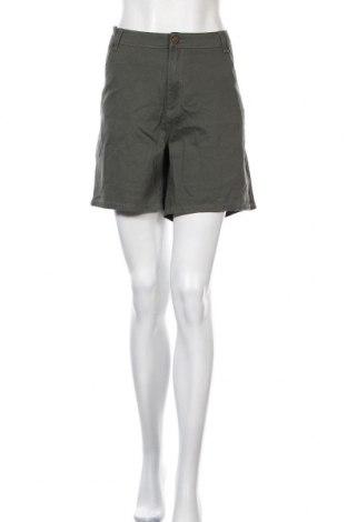 Дамски къс панталон Breakers, Размер XXL, Цвят Зелен, Памук, еластан, Цена 5,16лв.