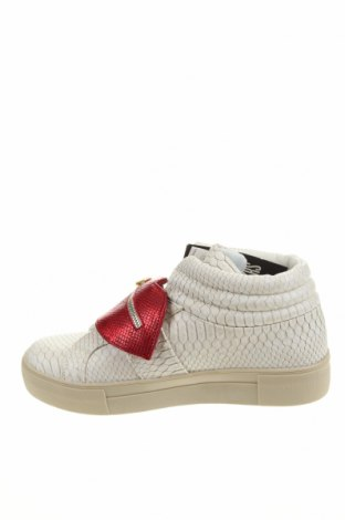 Дамски обувки Desigual, Размер 41, Цвят Бял, Еко кожа, Цена 47,25лв.