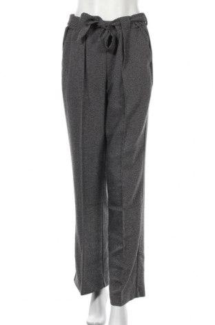 Дамски панталон Free Quent, Размер L, Цвят Черен, 67% полиестер, 33% вискоза, Цена 24,82лв.