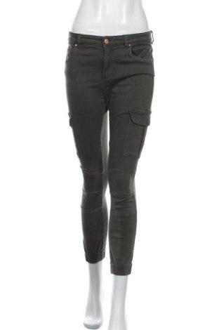 Дамски панталон ONLY, Размер L, Цвят Зелен, 98% памук, 2% еластан, Цена 20,56лв.