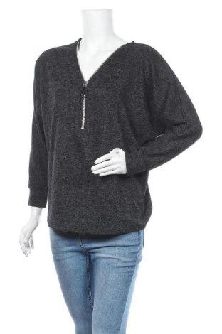 Дамска блуза Creme Fraiche, Размер M, Цвят Черен, 65% полиестер, 35% вискоза, Цена 14,96лв.