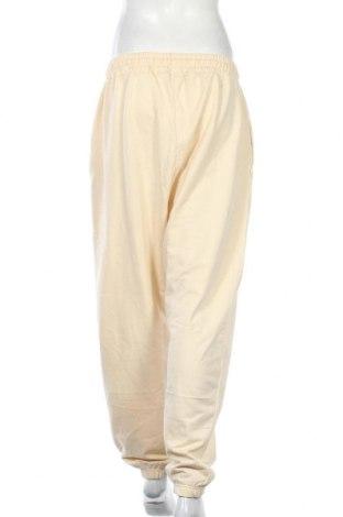 Дамско спортно долнище Missguided, Размер XL, Цвят Бежов, 60% памук, 40% полиестер, Цена 22,00лв.