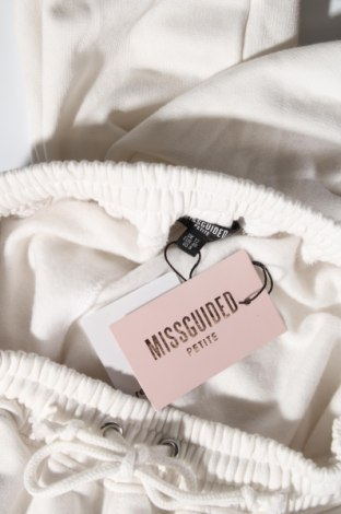 Дамско спортно долнище Missguided, Размер M, Цвят Бял, 60% полиестер, 40% памук, Цена 22,44лв.