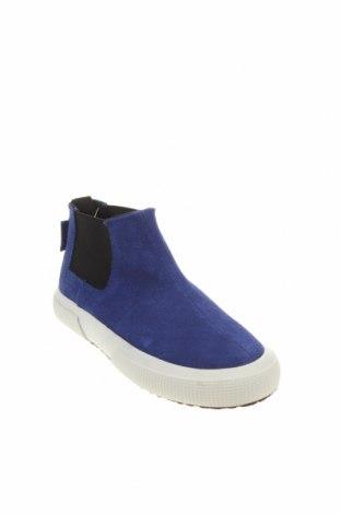 Детски обувки Superga, Размер 30, Цвят Син, Естествен велур, Цена 42,72лв.
