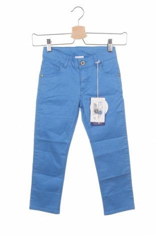 Παιδικό παντελόνι Primigi, Μέγεθος 4-5y/ 110-116 εκ., Χρώμα Μπλέ, 98% βαμβάκι, 2% ελαστάνη, Τιμή 16,42€