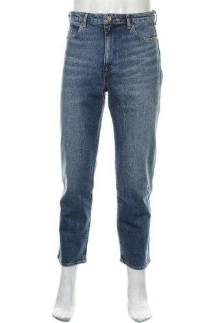 Мъжки дънки Wrangler, Размер M, Цвят Син, 99% памук, 1% еластан, Цена 33,39лв.