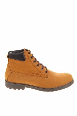 Мъжки обувки Geox, Размер 44, Цвят Бежов, Естествен велур, Цена 189,00лв.