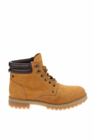 Мъжки обувки Jack & Jones, Размер 42, Цвят Жълт, Естествен велур, Цена 149,00лв.