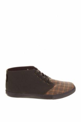 Мъжки обувки Superga, Размер 44, Цвят Многоцветен, Текстил, еко кожа, Цена 52,02лв.